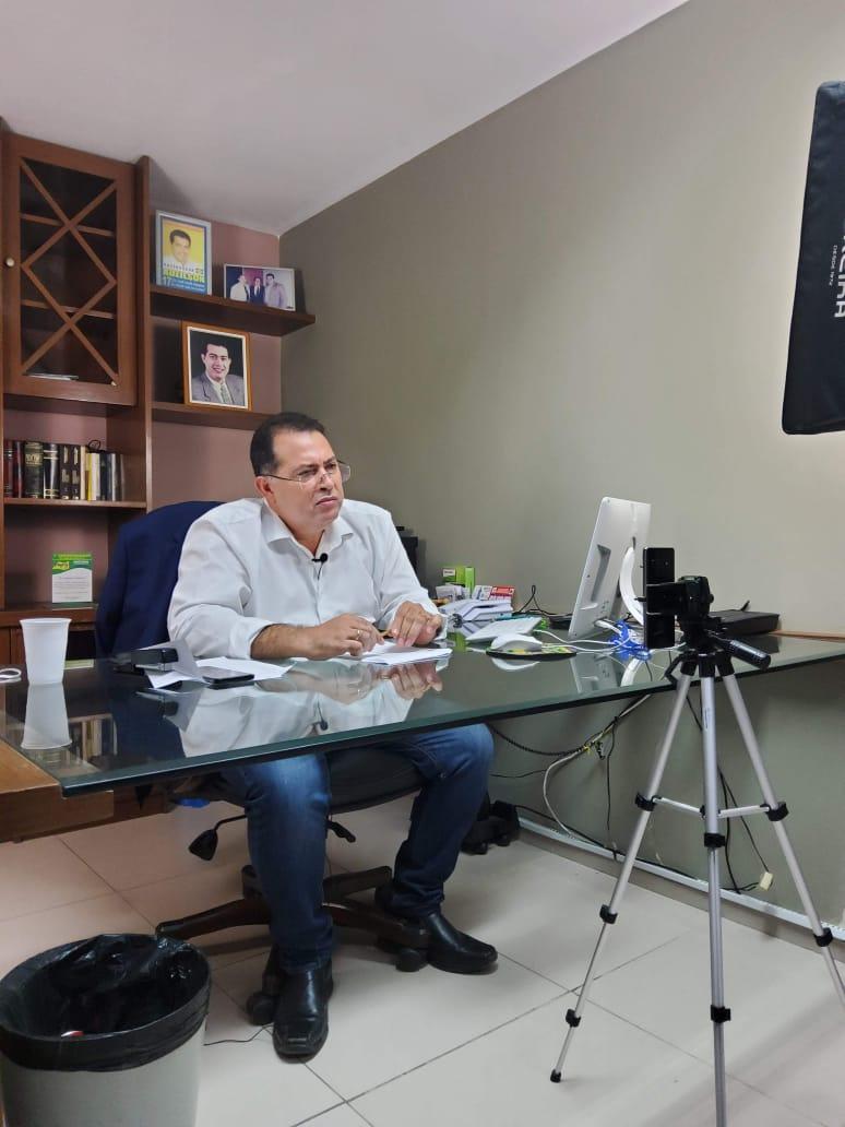 Adeilson Bezerra respondeu perguntas sobre eleições