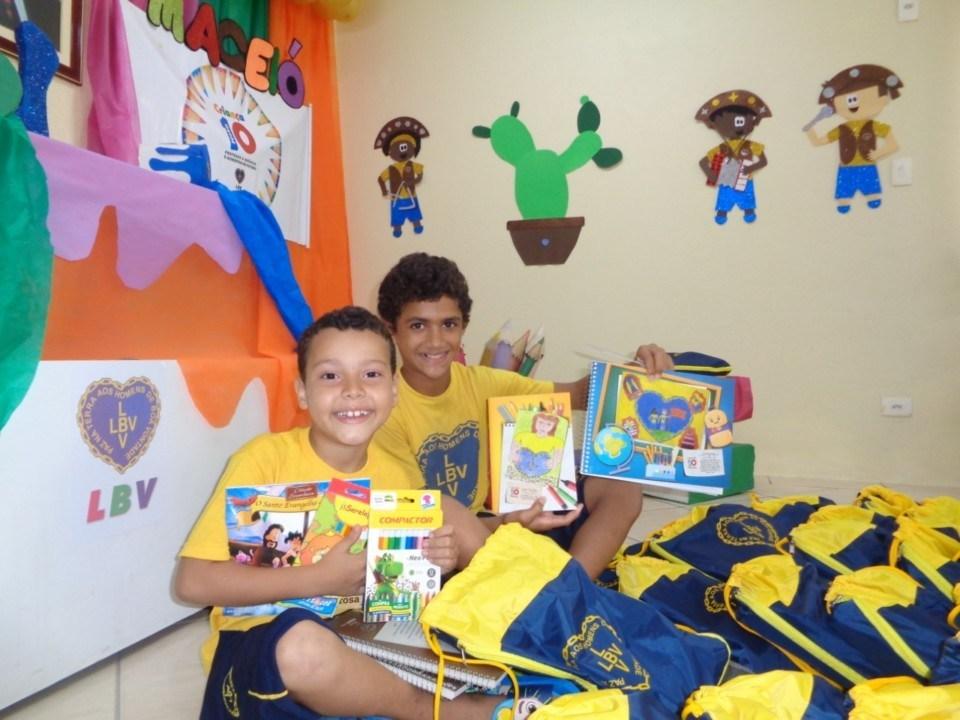 Photo of SOLIDARIEDADE! LBV promove ação solidária em prol da educação e segurança alimentar em AL