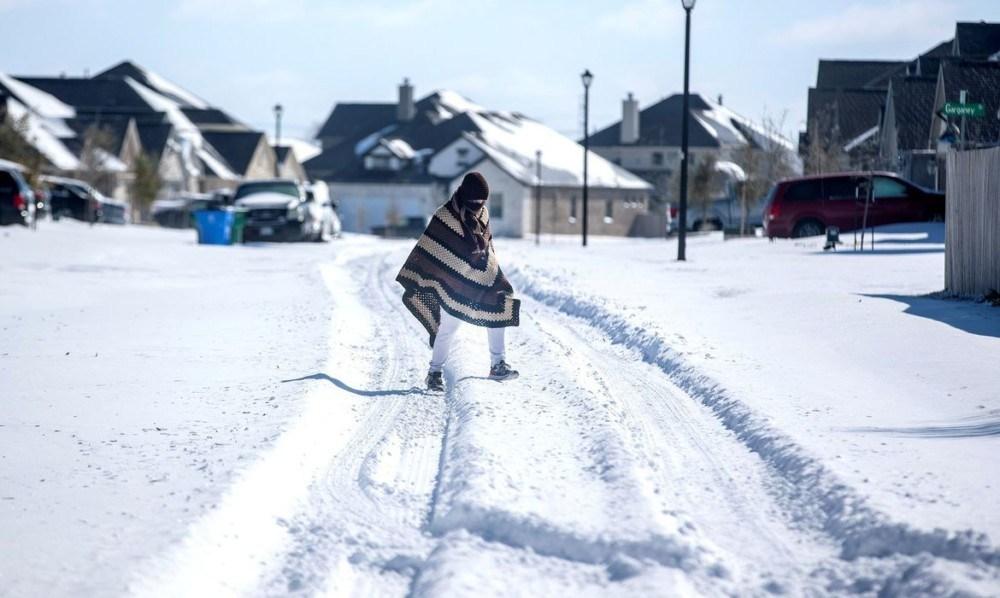 Photo of MILHÕES SEM ELETRICIDADE! Tempestade de neve atinge os EUA
