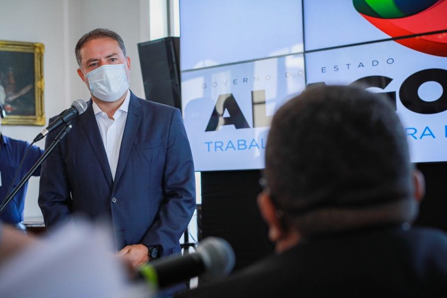Photo of ENFRENTAMENTO! Renan Filho vai a Brasília na terça (2) em busca de mais vacinas para Alagoas