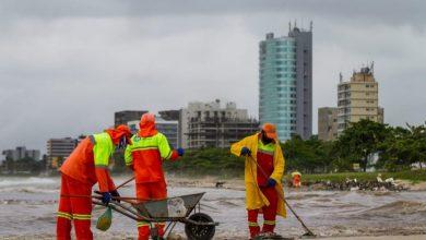 Photo of Prefeitura recolhe 750 toneladas de resíduos nas praias de Maceió