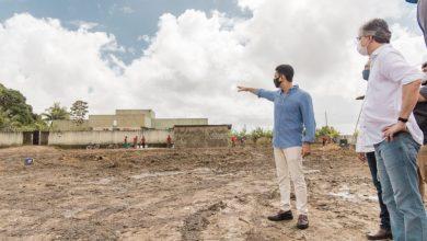 Photo of Prefeito JHC assina ordem de serviço e escola no Village será reconstruída