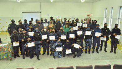 Photo of Segurança Comunitária homenageia servidora       que atuou na prisão de assaltantes