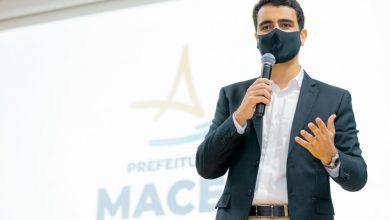 Photo of Prefeito JHC anuncia os novos voos da Azul para Maceió