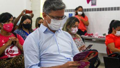 Photo of Servidores da Educação participam de ciclo de palestras sobre Outubro Rosa