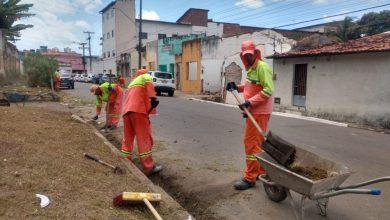 Photo of Prefeitura de Maceió realiza mutirão de limpeza nos bairros de Bebedouro e Pinheiro